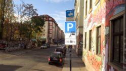 Video-Hinweis an der Louisenstraße