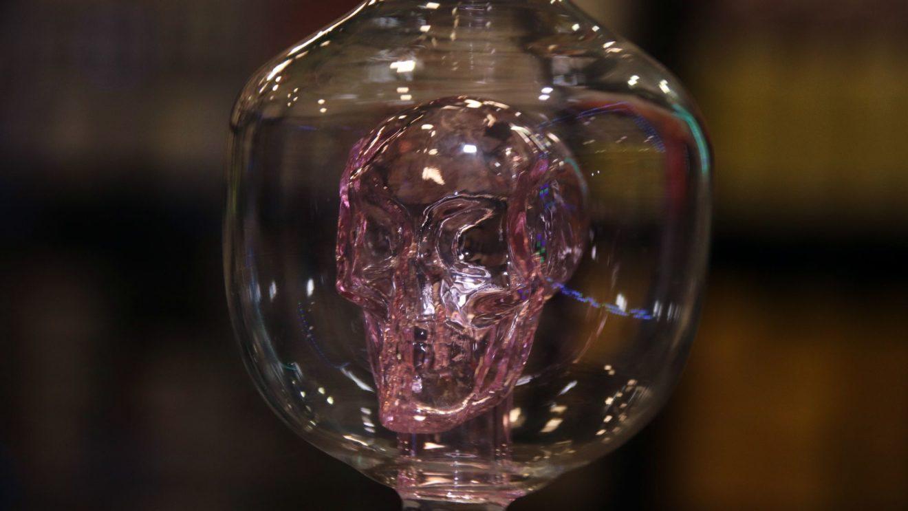 Gläserner Totenkopf für rauchige Effekte