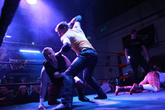 Xmas-Wrestling im Alten Heizhaus