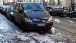 Auto mit Eisschaden