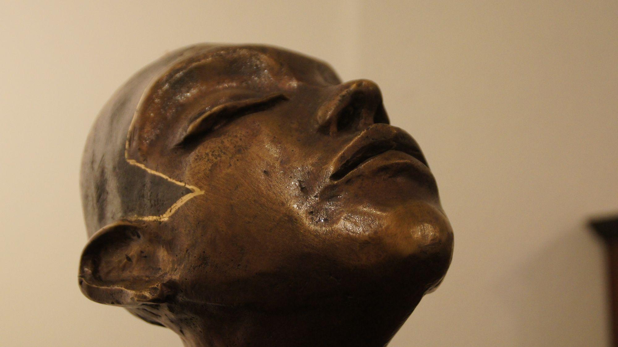 """""""Odem"""" - Skulptur von Catrin Große"""