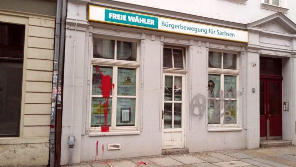 """Farbanschlag gegen Büro der """"Freien Wähler"""""""