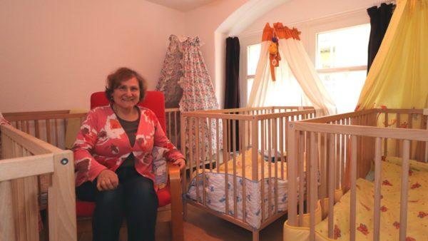Zur Mittagsruhe sind die Bettchen belegt und Eva Bollmann-Moser kann etwas entspannen.