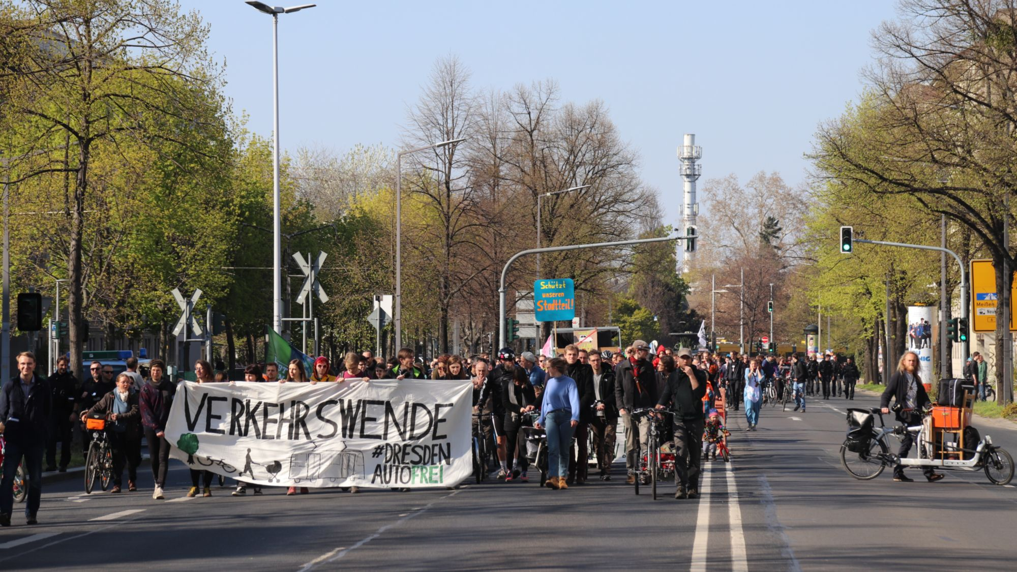 Verkehrswende-Demo auf der Albertstraße