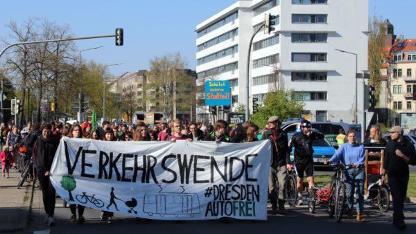 Verkehrswende-Demo am Carolaplatz