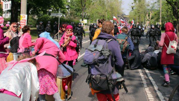 Auch an der Hainstraße bildete sich eine spontane Blockade