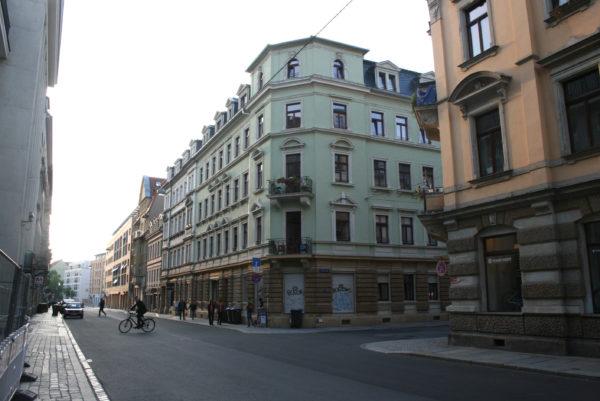 So ein Ladenkino wurde in den 1920er Jahren auch in derLouisenstraße 15 errichtet.