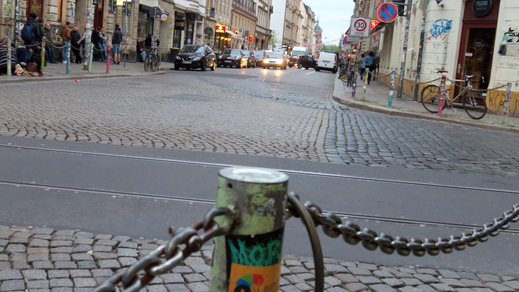 Louisenstraße am Abend