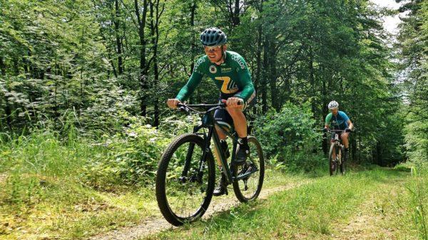 Montainbiker in der Heide