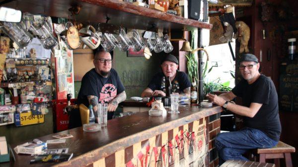 Männer mit Bier: Ralli, Horschtel, Günni