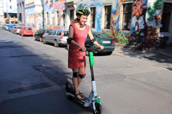 Der E-Scooter-Test für die Neustadt (Foto: Anton Launer)