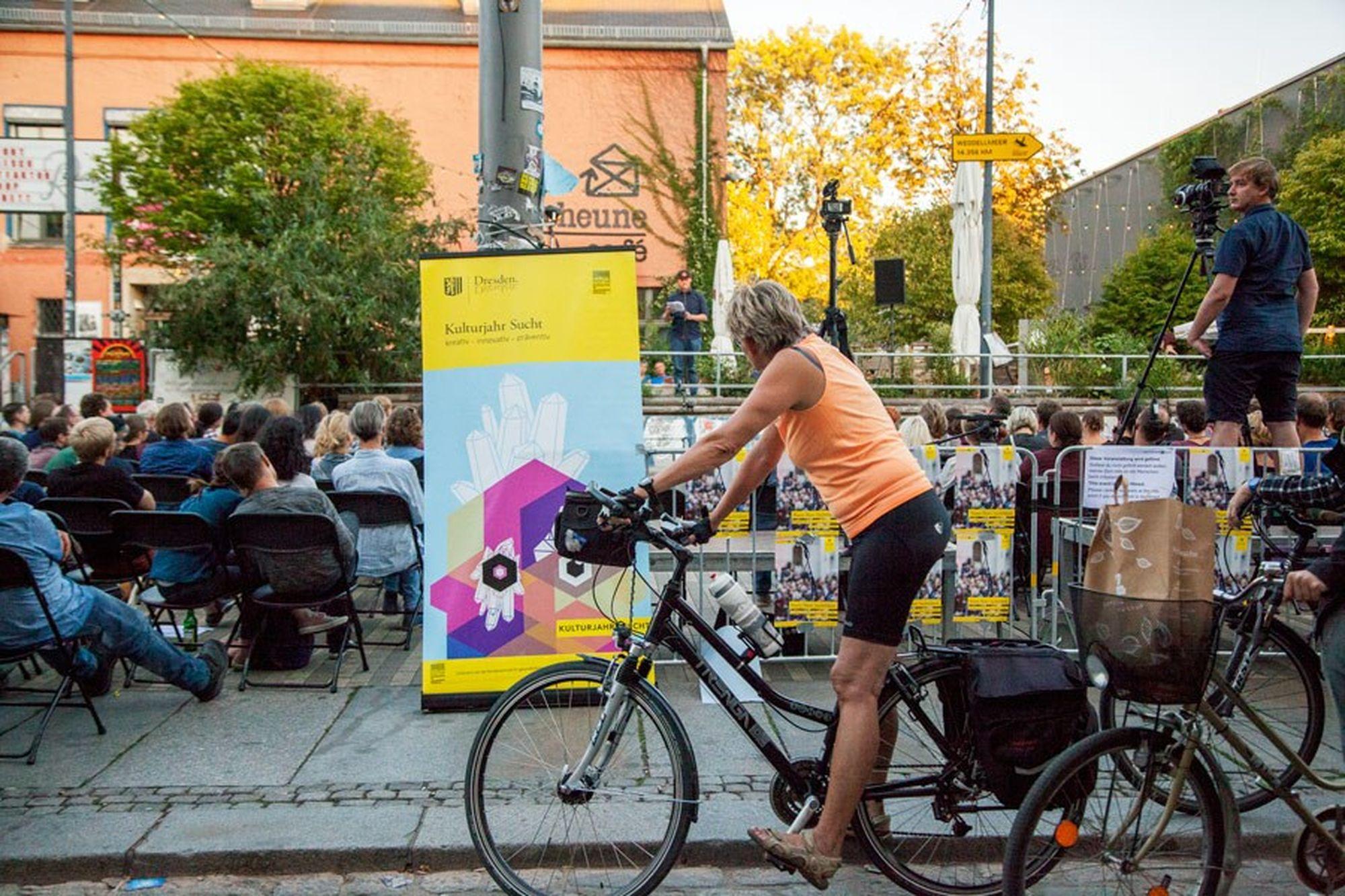 Kulturjahr Sucht 2018, Poetry Slam vor der Scheune. Foto: Edyta Szczepanska
