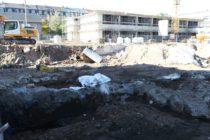 Gestern war die Baugrube ohne Abdeckung.