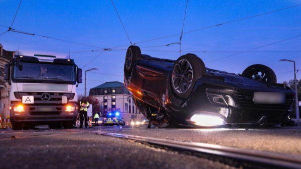 Schwerer Unfall auf der Großen Meißner Straße - Foto: Tino Plunert
