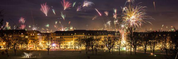 Silvesternacht über dem Alaunplatz, Silvester in Dresden Neustadt - Foto: Robert Seifert