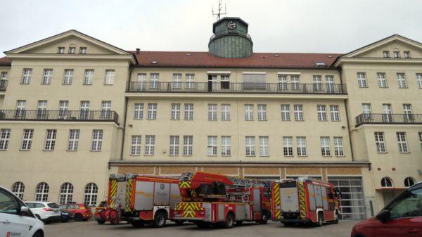 Zur Eröffnung der Rettungswachen waren die Kameraden der Feuerwehr zu Gast.