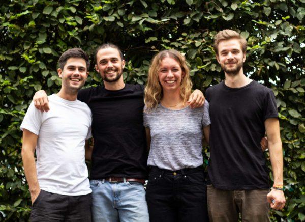 Zeno Kakuschke, Jannis Hillesheim, Lucca Hillesheim, Leander Hoyer wollen plastikfreie Alternativen schaffen.