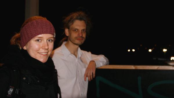 Karla Kreuzinger und Christian Bläul von Extinction Rebellion kritisieren den Skiweltcup.