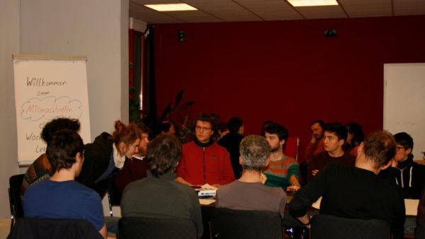 In Arbeitsgruppen wurde über die Woche des guten Lebens diskutiert.