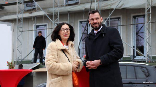 Eigentümerin Renate Wimmer und Hotelchef Marcus Köhler