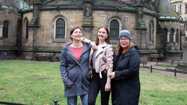 Organistorinnen mit einem ehemaligen Eisteufelchen: Susanne, Alina und Claudia. (v.l.)