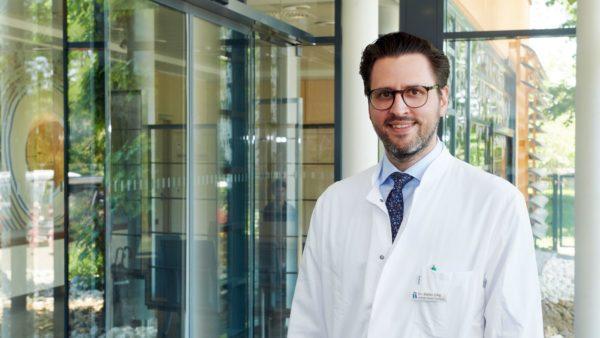 Chefarzt und Leiter des Zentrums Stefan Ollig, Foto: PR