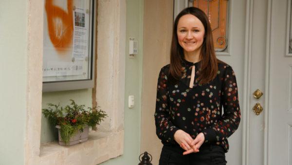 Kuratorin Magdalena Paluska führt letztmalig am 23.2. durch die Ausstellung.