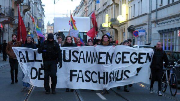 Alle zusammen gegen den Faschismus.