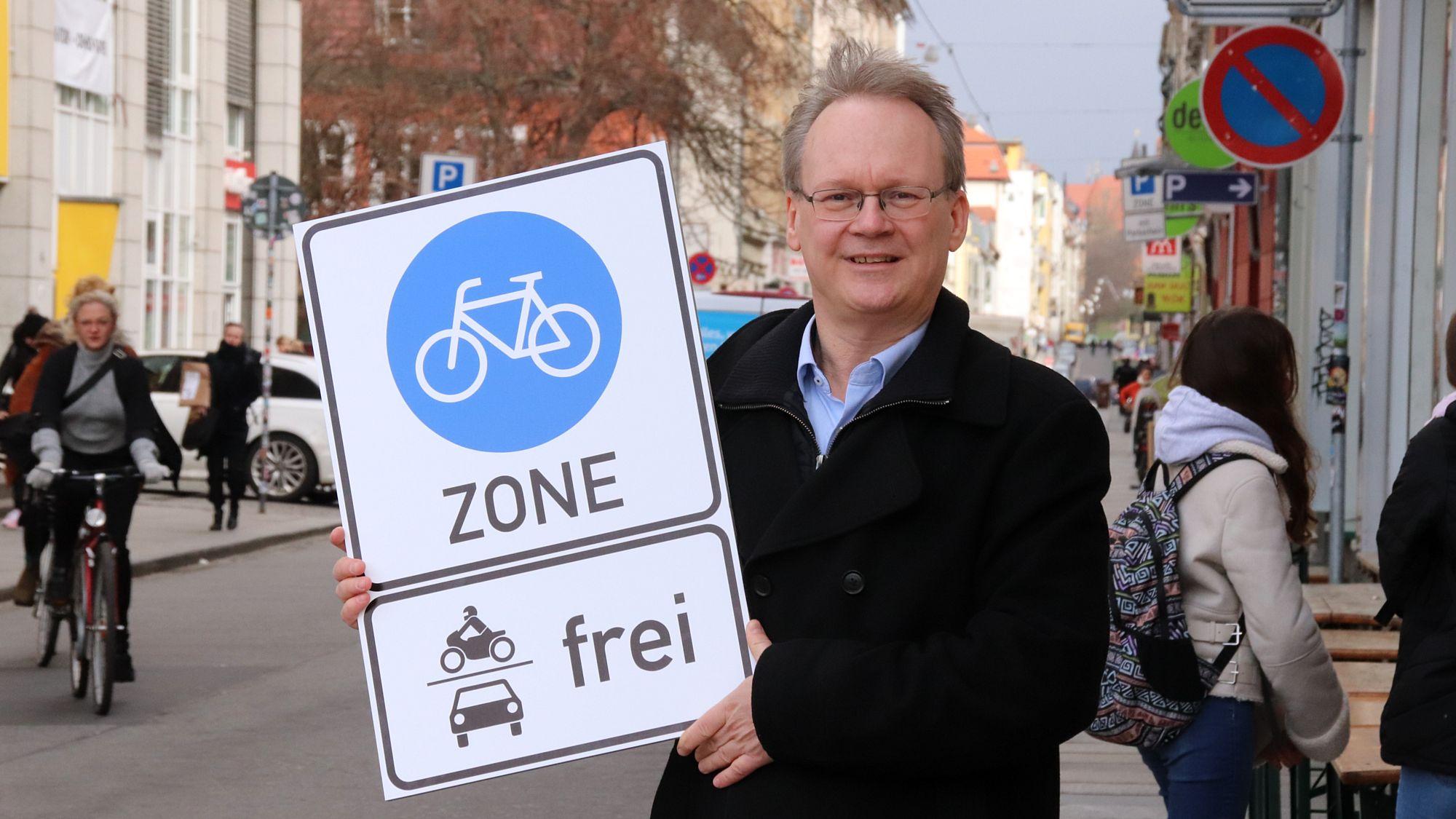 Linken-Stadtrat Tilo Wirtz fordert eine Fahrradzone für die Neustadt