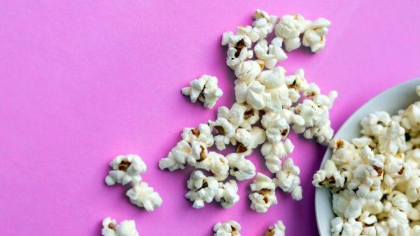 Popcorn raus - Serie rein - Foto:  Yulia Khlebnikova