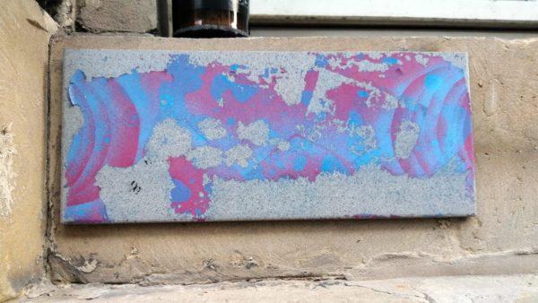 Wildes Gemisch aus pink und hellblau.