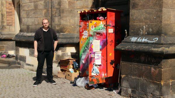 Tauschschrank oder Müllkippe - an manchen Tagen sieht es schlimm aus.