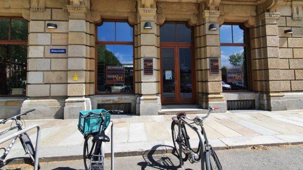 Schwarzmarkt-Café geschlossen