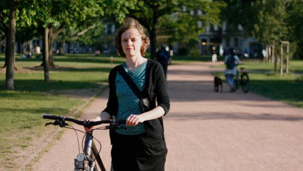 Luise M. wohnt seit vier Jahren in ihrer Neustädter Wohnung.