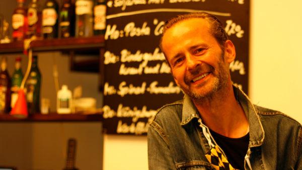 Thomas Spura vom Café Neustadt bietet weiterhin Kaffe, Kuchen und Mittagstisch an.