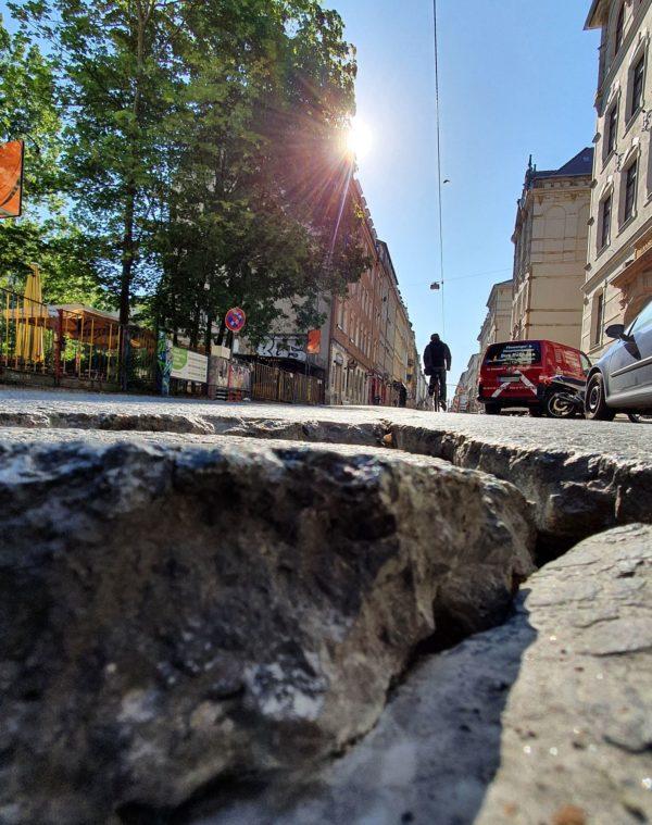 So tiefe Krater zierten vorher die Louisenstraße