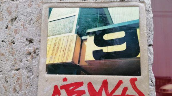 Fliesenkunst auf der Görlitzer Straße