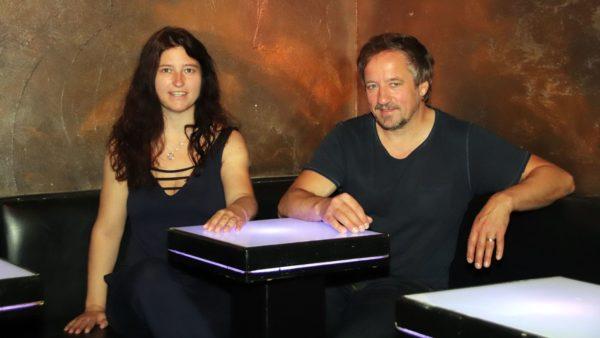 Downtwohn-Geschäftsführerin Jana Gäbler und Inhaber Stefan Schulz