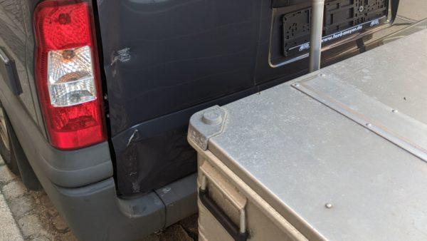 Schaden am Kleinbus