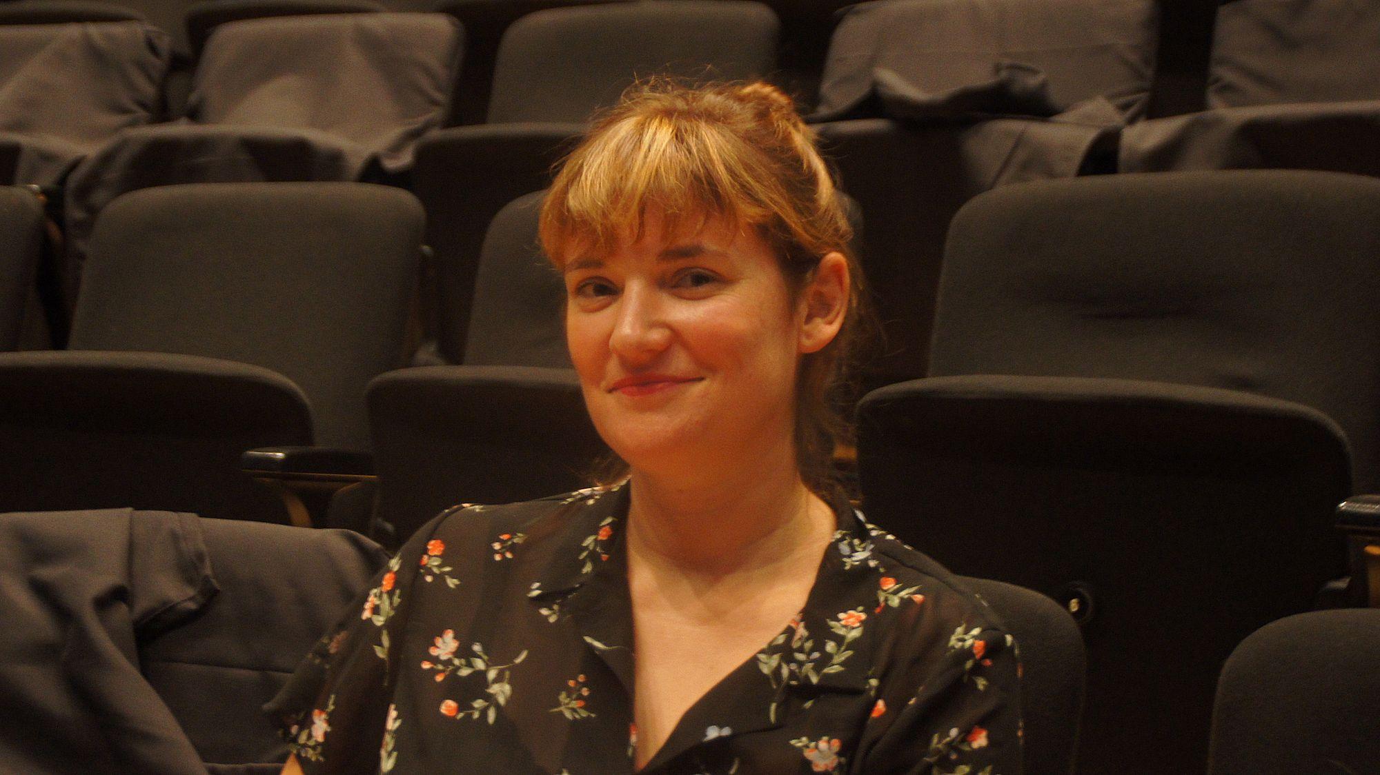 Sabrina Bohl arbeitet als Dramaturgin für die Bürgerbühne Dresden. Foto: Philine