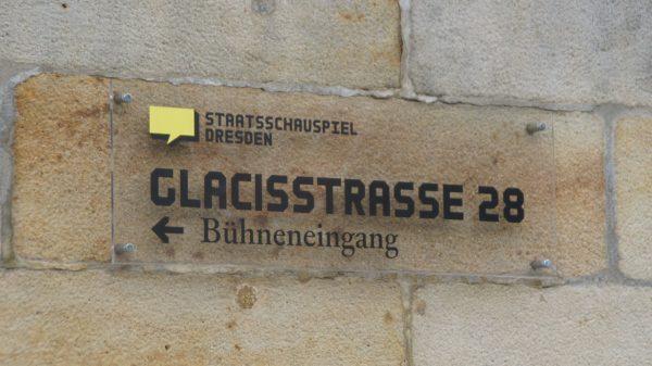 Die Bürgerbühne hat ihren Sitz im Kleinen Haus an der Glacisstraße. Foto: Philine