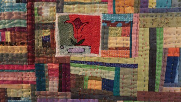 """""""Die Frühlingsbotin"""" - Textilkunst aus Deutschland mit afghansischem Kern."""