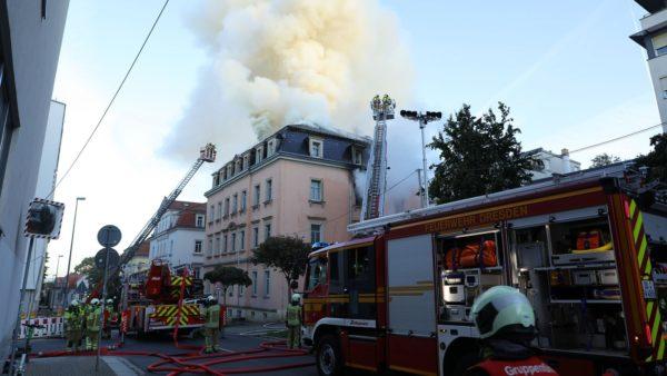 Brand auf der Buchenstraße - Foto: Roland Halkasch