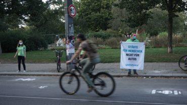 """""""Städte für Menschen, nicht für Autos"""", war das Motto, das auf dem Straßenabschnitt erprobt wurde."""