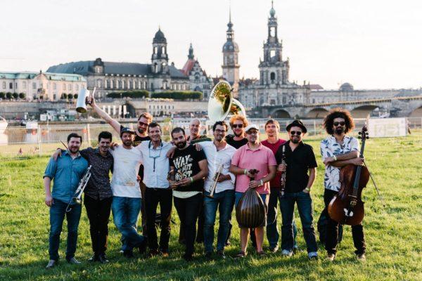 Auch die Banda Comunale ist beim Ball dabei. Foto: Robert Rieger