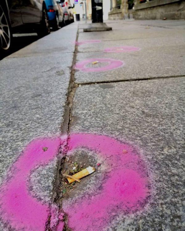 Hat hier Pink Panther seine Spuren hinterlassen?