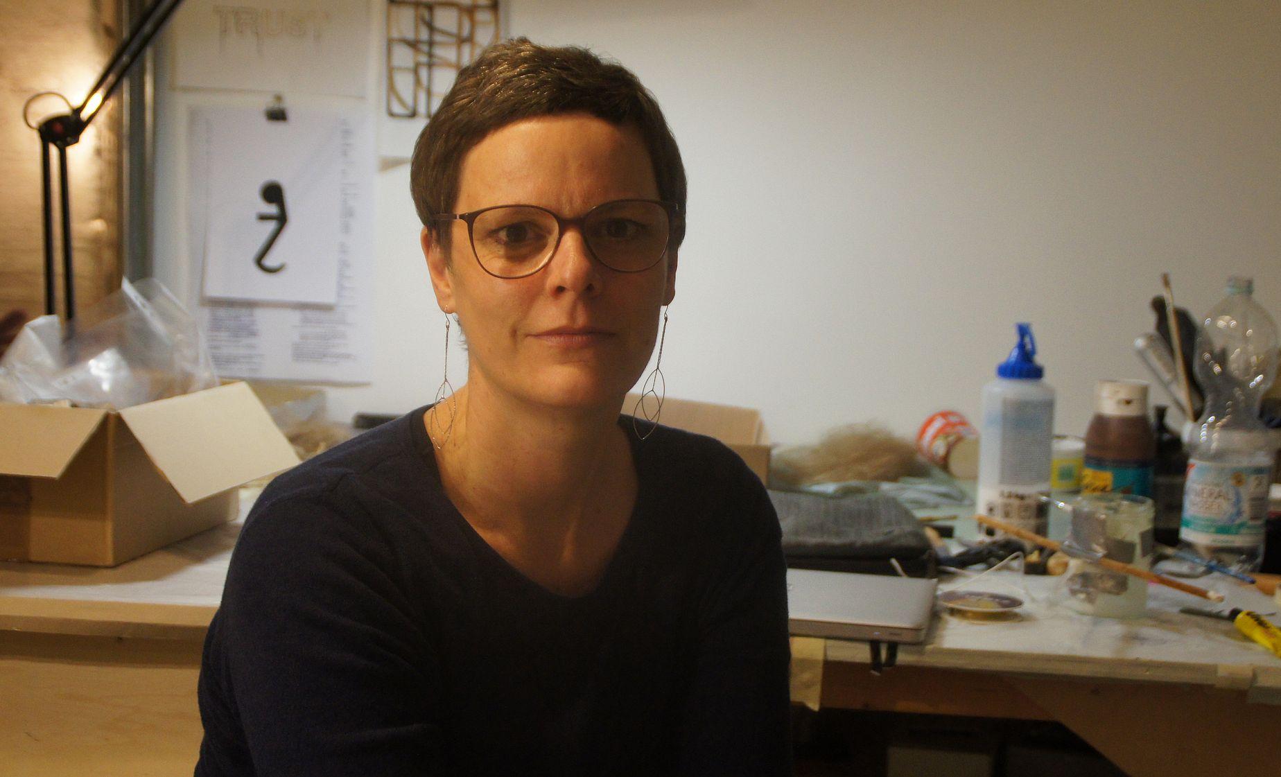 """Svea Duwe: """"Ist die Auseinandersetzung mit unserer Lebensrealität nicht immer schmerzhaft?"""" Foto: Philine"""