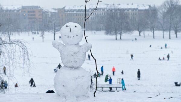 Der Schneemann freut sich. Foto: Anja Schneider