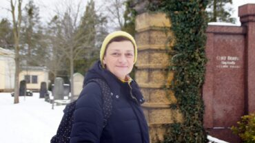 """Susan Donath: """"Der Tod ist nur eine Änderung des Aggregatzustandes."""" Foto: Philine"""