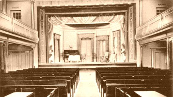 Der Saal des Thalia-Theaters.